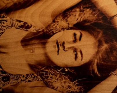 портрет на дереве на заказ в уфе